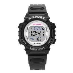 Título do anúncio: Relógio Infantil Esportivo Digital Preto Com Luz De Led Masculino