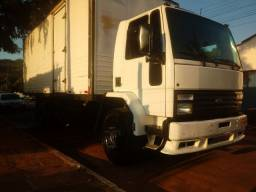 Caminhão Ford Cargo1618