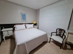 Título do anúncio: Luxuosa Casa 4 suítes. Reserva Imbassai. Porteira Fechada! Alto Padrão de Mobília 1.700mi