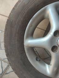 Título do anúncio: Roda aro 13 com pneus