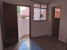Título do anúncio: Linda Casa em Cascadura, Com 1 Quarto Grande, Sala, cozinha, Bh. e Área