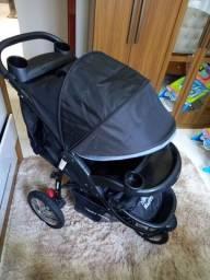 Título do anúncio: Vende se carrinho de bebê