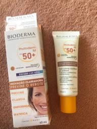 BIODERMA Protetor Solar Facial Bioderma Photoderm M Teinte Doree FPS 50 - 40ml