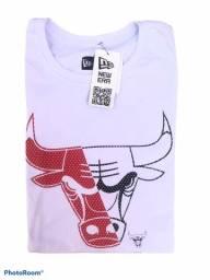 Camiseta New Era Bulls