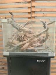 Movel Boyu e vidro para aquário