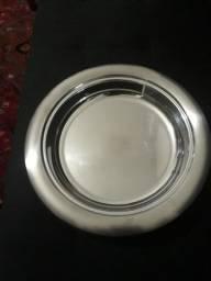 Prato de inox