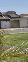 Título do anúncio: Casa no Jardim dos Girassóis, 3/4 com suíte, área gourmet, próximo ao Aparecida shopping.