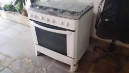 Título do anúncio: geladeira brastemp e fogão 6 bocas Esmaltec  usado 3 anos