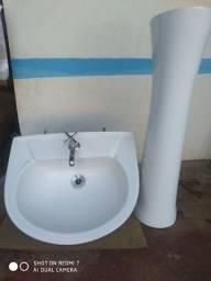 Jogo de pia para banheiro