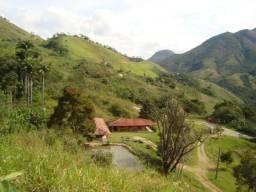 Linda fazenda com 5.445.000 m2 na RJ 142