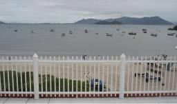 Arrendo pousada beira-mar em Santa Catarina