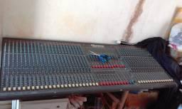 Mesa de som 40 canais