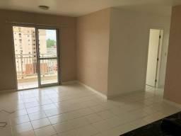 Vende-se Lindo Apartamento no Ed. Eco Parque com 3/4 sendo 2 suítes, 2 vagas