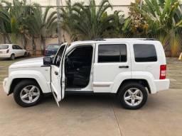 Jeep Cherokee Limited 3.7 4 x 4