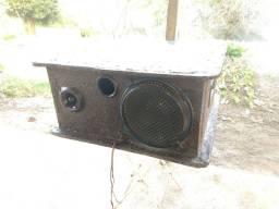 Vendo ou troco caixa de som(aceito oferta)