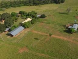 Uma fazenda ampla e Grande