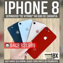 iPhone 8 64gb de vitrine, aceitamos seu iPhone usado como parte do pagamento.