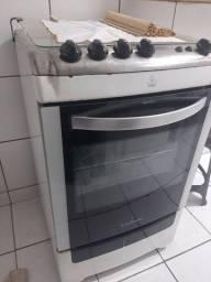 Título do anúncio: Troco fogão por Sofá, geladeira ou mesa