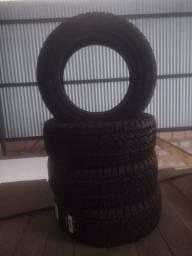 Título do anúncio: Estou vendendo 2 pneus novos.