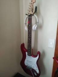 Título do anúncio: Guitarra Memphis tagima mg32
