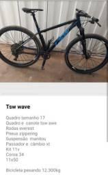 Vendo essa bike 11 v relação tudo Shimano xt deore , suspensão manitou