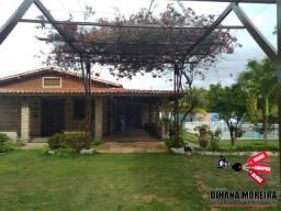 Casa à venda em Paracuru, com casa principal, chalé e um lago enorme dentro