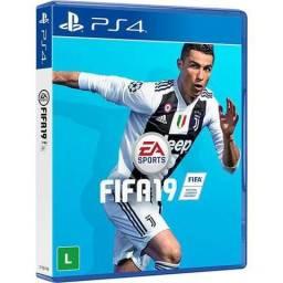 Jogo FIFA 19 para PlayStation 4 Português