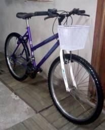 Impecável! Bicicleta Feminina aros 26 18v