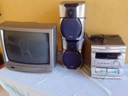 TV 21 e um micro sistem
