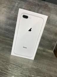 IPhone 8 Plus Branco 64 gigas Novo Lacrado com Nota Fiscal 1 ano de garantia divido