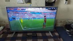 Tv smart LG 32 branca com prata novinha