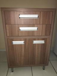 Armário de cozinha em MDF