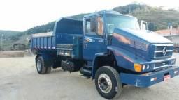 Caminhão caçamba - 1999
