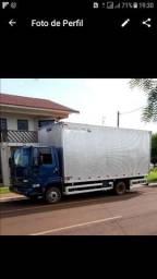 Mudancas e fretes em geral com caminhão baú