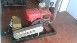 Gerador a diesel trifasico R 12.000,00