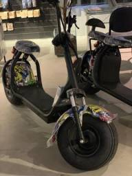 Moto Elétrica Nova - Scooter - Carregue na tomada - até 60km de autonomia - 2019