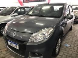 Renault sandero 1.6 automatico R$2.000,00 entrada - 2012
