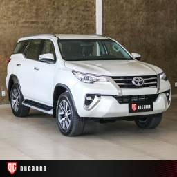 TOYOTA HILUX SW4 2017/2018 2.8 SRX 4X4 7 LUGARES 16V TURBO INTERCOOLER DIESEL 4P AUTOMÁTI - 2018