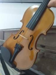Violino 4/4 (Com case, espaleira, breu e arco.)