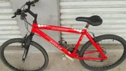 Bicicleta Sundown alumínio aro 26, 21 marchas, suspensão, bem conservada