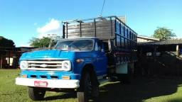 Caminhão Chevrolet 73