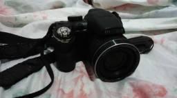 Câmera Semi-profissional Fujifilm FinePix S3200