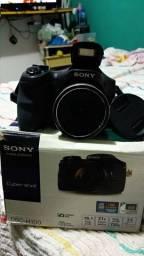 Vendo . máquina Sony DSC-H100