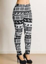 Calça comprida legging tribal preto e branco (Posthaus) @brchgrls