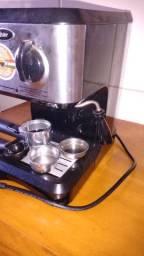 Cafeteira expresso Oster 220v
