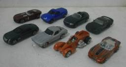 Lote Miniaturas Maisto e Hot Wheels 1/64