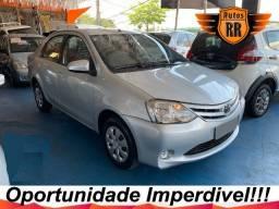 Toyota Etios Sedan XS 1.5 Flex Completo 2014 Autos RR
