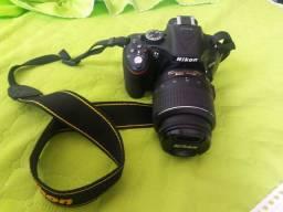 Camera Nikon D5200