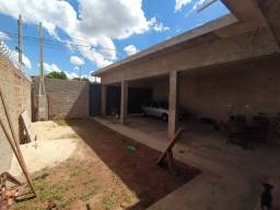 Casa com 3 dorms, Araras II, Jaboticabal - R$ 220 mil, Cod: 122
