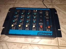 Mesa de som ONEAL pouco usada